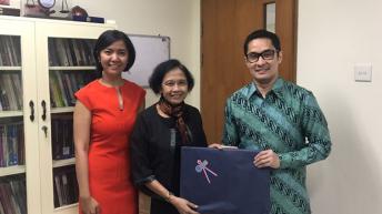 Kunjungan dan pertemuan dengan Dekan FH Unika Atma Jaya